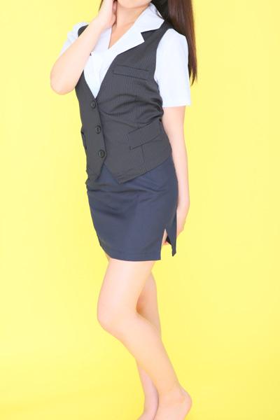 千葉風俗・千葉市発デリヘル風俗【キャンパスサミット千葉店】8.OL(黒)